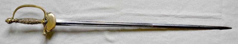 Trois épées de la gendarmerie Eapeae16