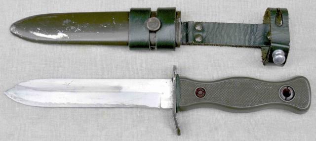 Poignard/couteau a identifier Kampfm13