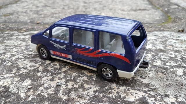 N°3031 Peugeot 806 ambulance 20211021