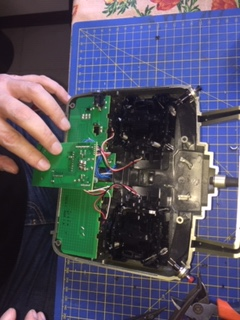 Modifica sparo rapido Radiocomando Futaba 4ch 2,4 Ghz Img_5815
