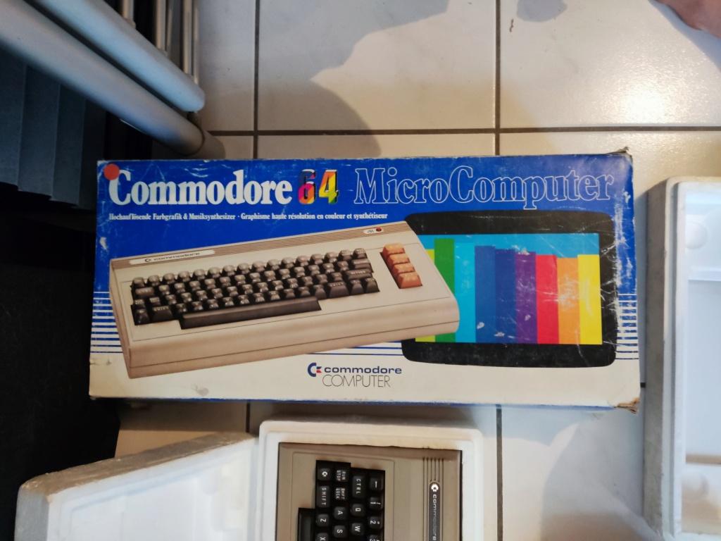 [ESTIM] Lot Commodore 64 Img_2072