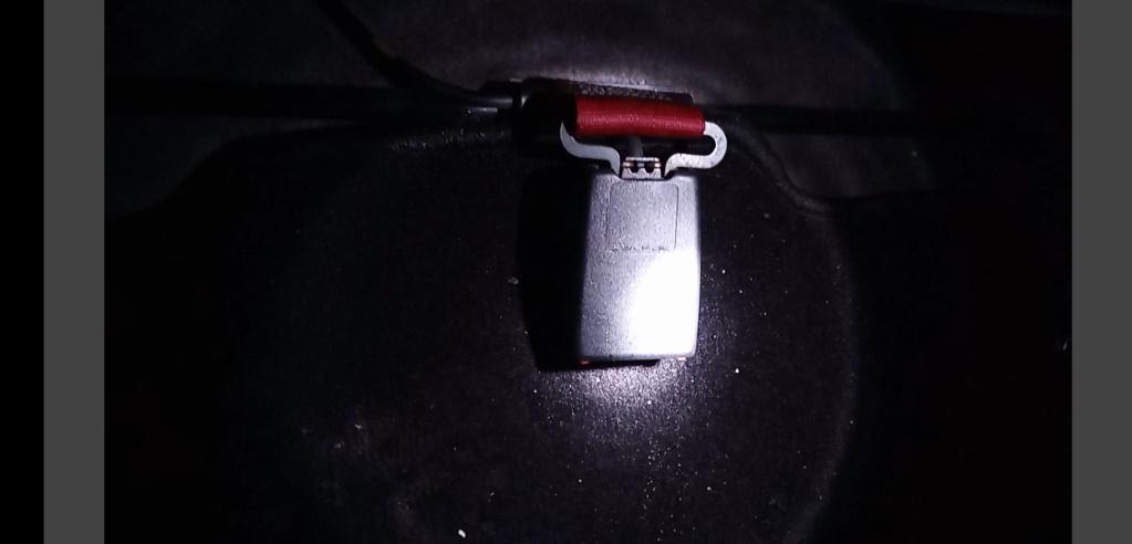 Boucle ceinture sécurité Screen13