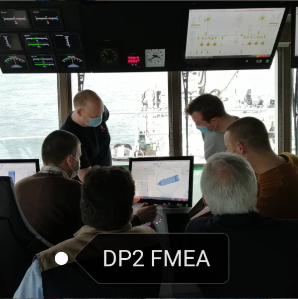 New Federal Research Vessel BELGICA - Page 6 110