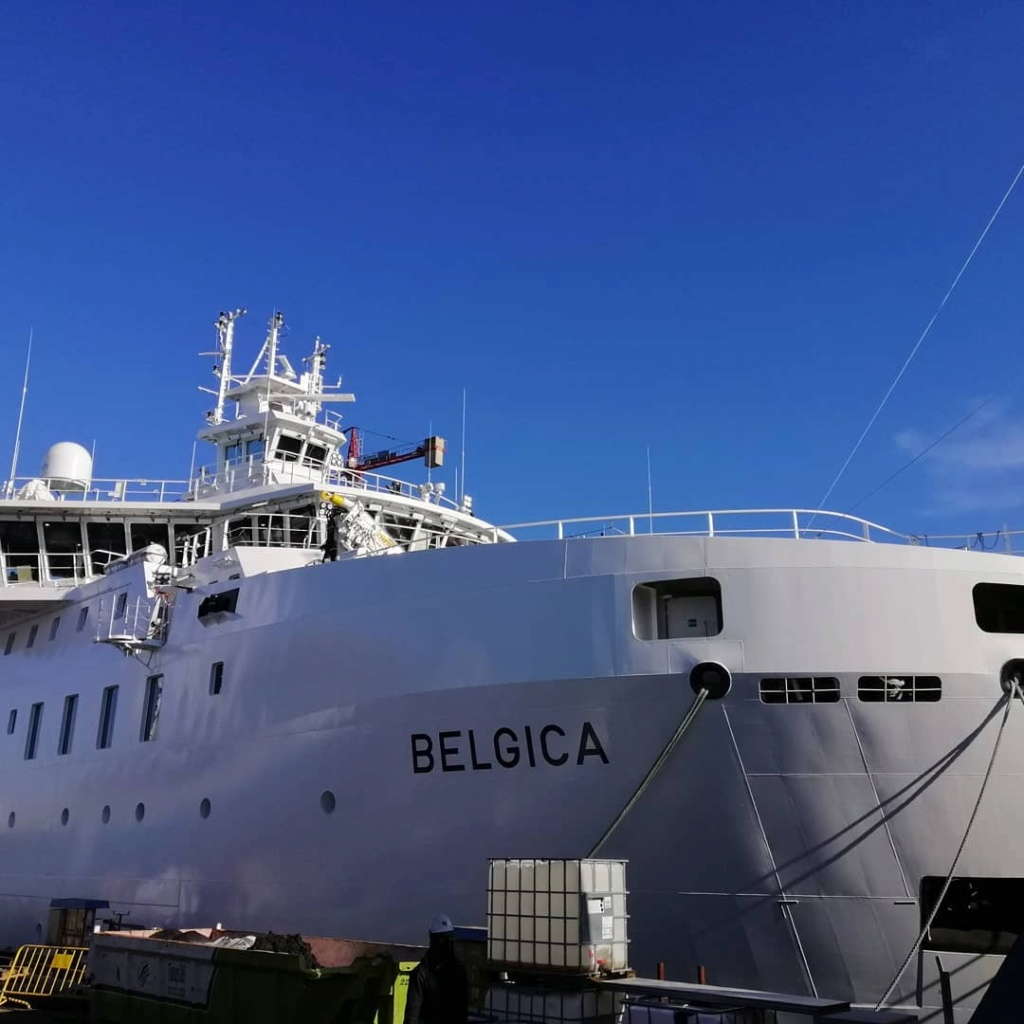 New Federal Research Vessel BELGICA - Page 3 12700710