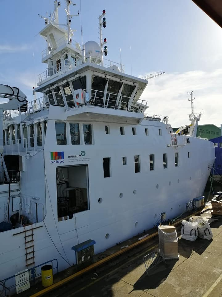 New Federal Research Vessel BELGICA - Page 3 12763310