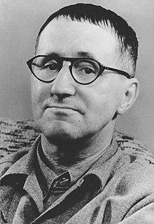 biographie - Bertolt Brecht 220px-12