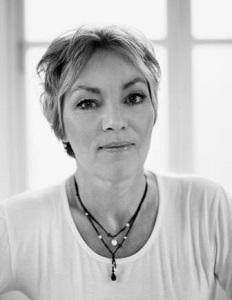 Anne Marie Lon Writer10