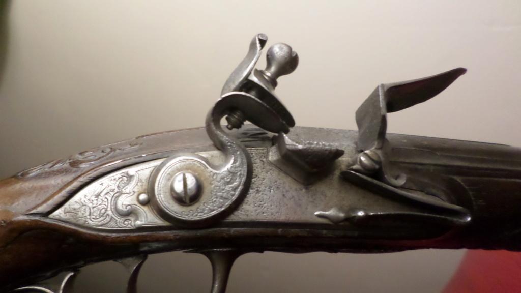Pistolet silex Sam_4729
