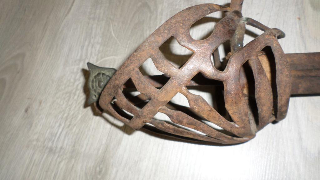 épée ancienne... très ancienne... Sam_4952