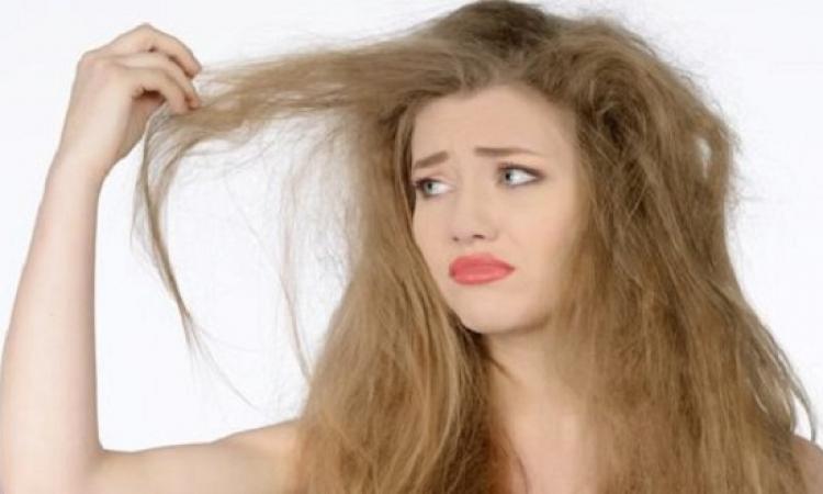 إذا كنتي تعانين من الشعر الباهت. إليك 9 نصائح فعالة للحصول على شعر صحي ولامع 5010