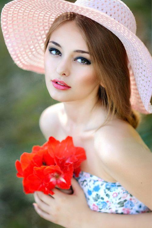 ألبوم صور ملكات جمال الورد والزهور بنات جميلات خلفيات للتصميم 89194a10