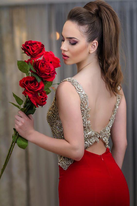 ألبوم صور ملكات جمال الورد والزهور بنات جميلات خلفيات للتصميم Ba8ac310
