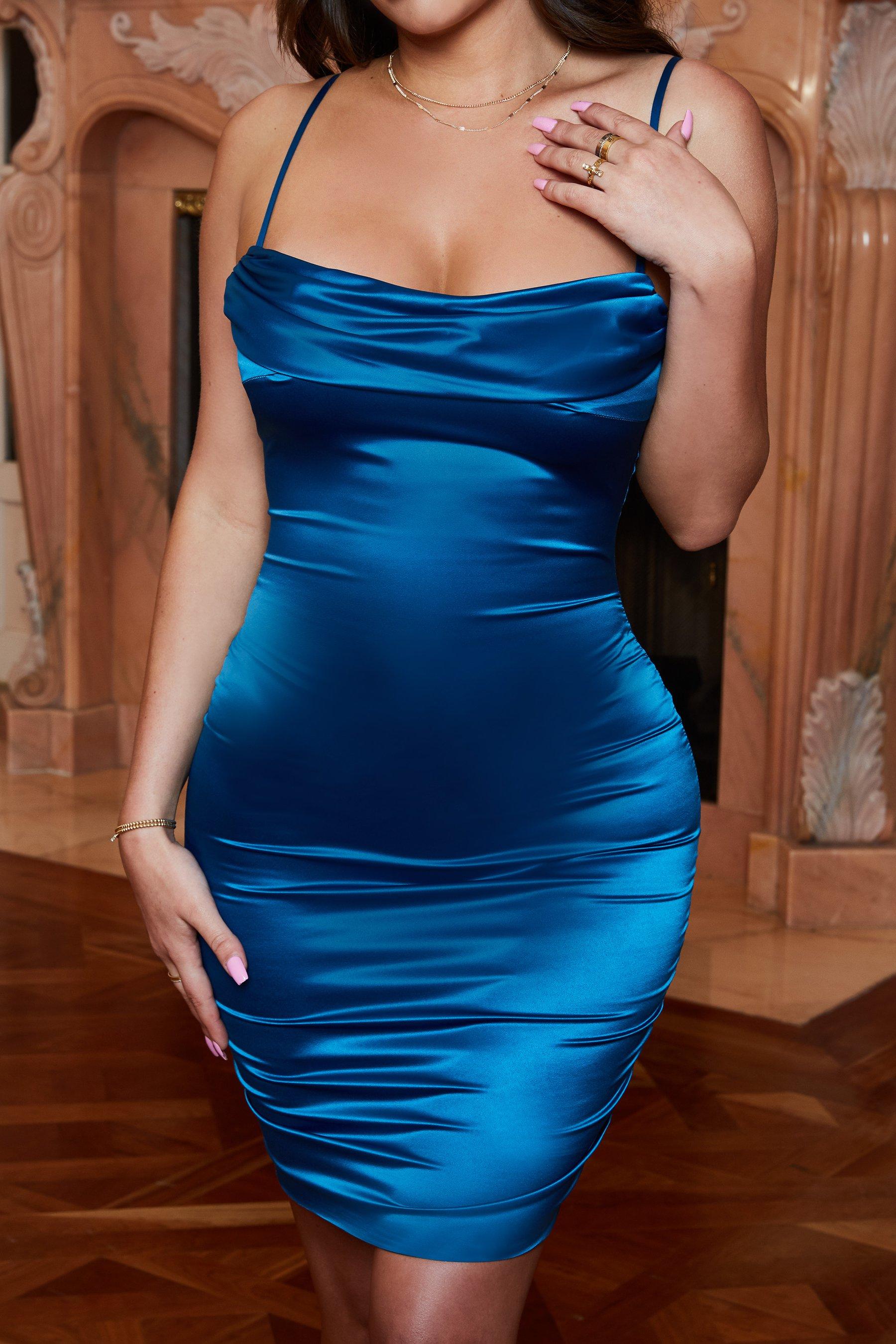 فستان سهرة حملات باللون التركواز الازرق الغامق P_151017