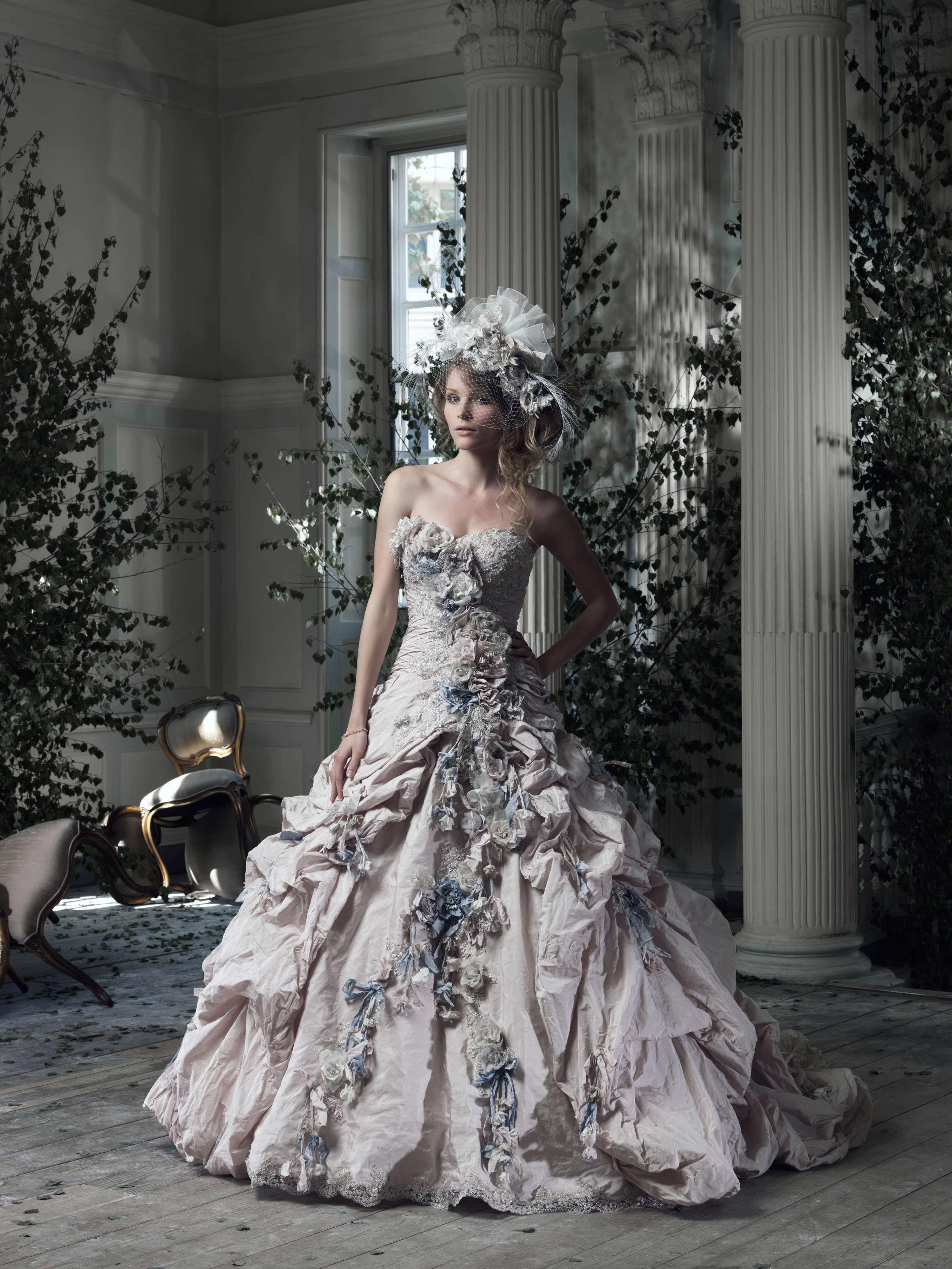 مجموعة فساتين زفاف متنوعة P_151222