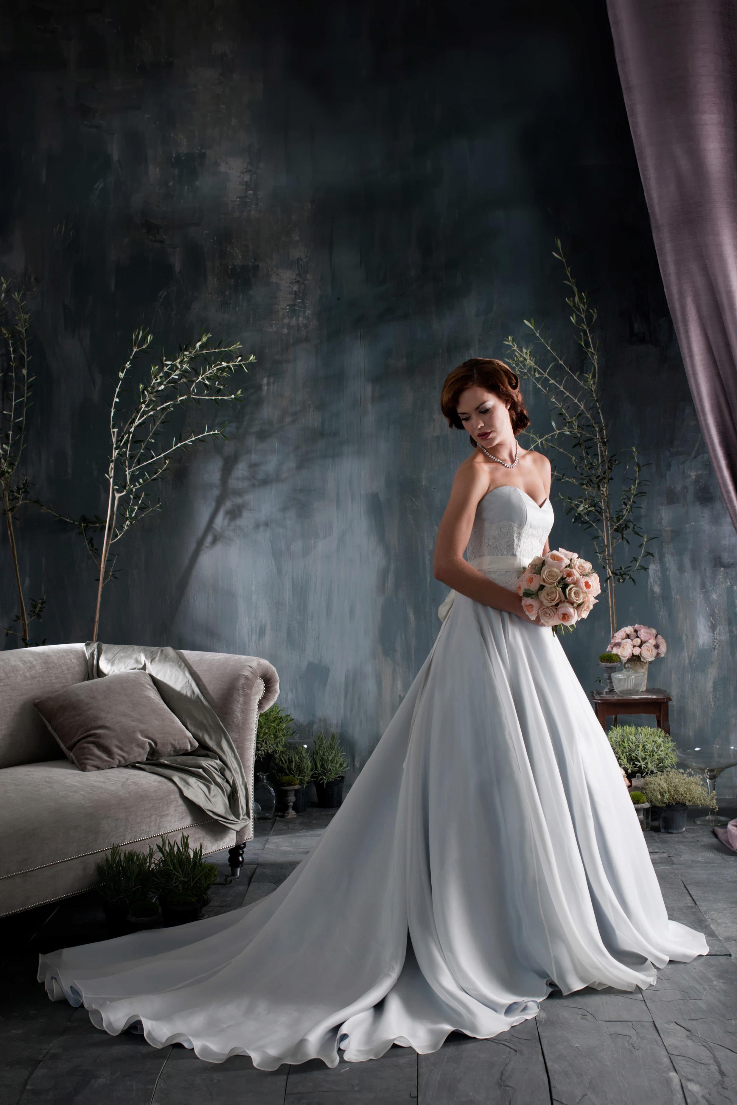 مجموعة فساتين زفاف متنوعة P_151236