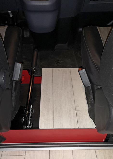 Coffre entre sièges pour V-MP Coffre10