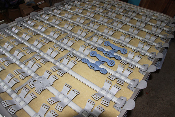 planche de lit manquante  Latofl10