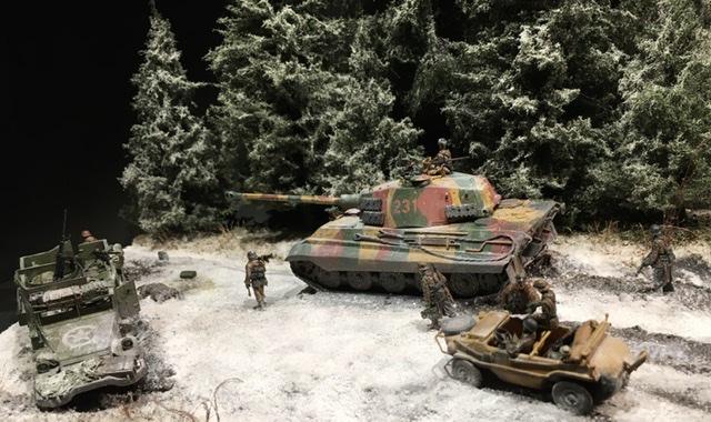 Koenigstiger dans les Ardennes le 22 décembre 1944 1/72 021ea410