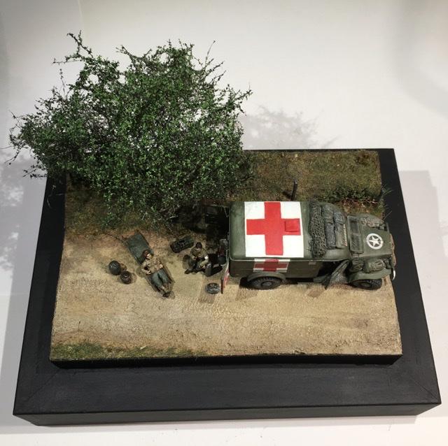 13 aout 1944 ambulance WC54 du groupe Rochambeau. 18973410