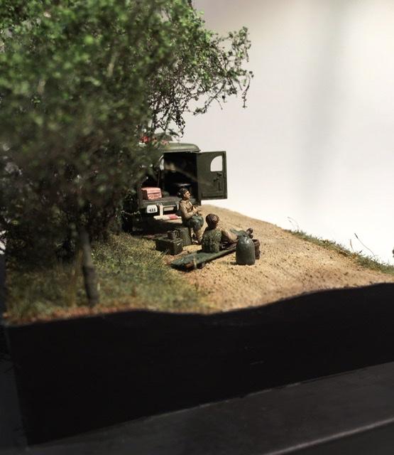 13 aout 1944 ambulance WC54 du groupe Rochambeau. 4a889610