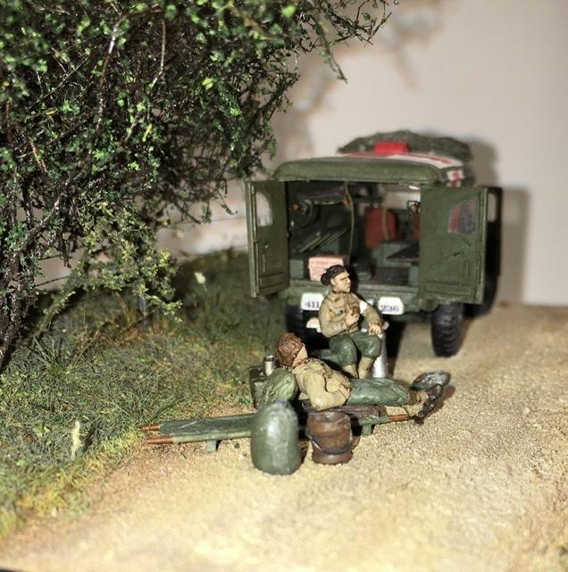 13 aout 1944 ambulance WC54 du groupe Rochambeau. 59a4ad10