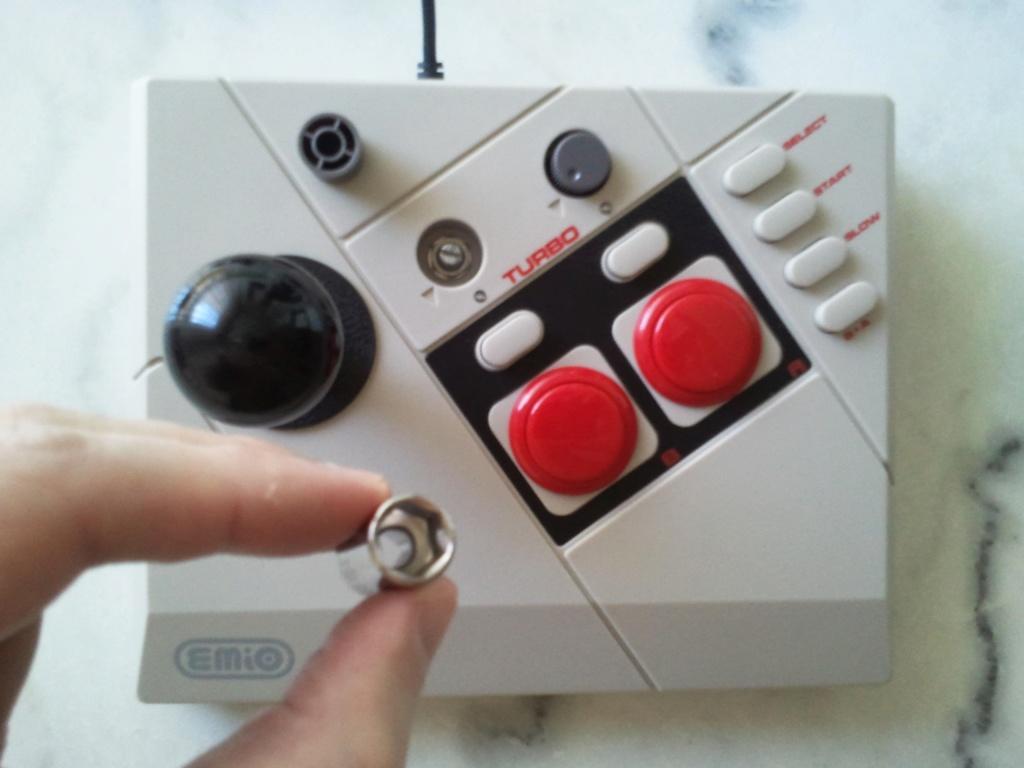 Bricolage qui sert à rien : stick arcade NES sanwa (tuto inside) Dzomon11