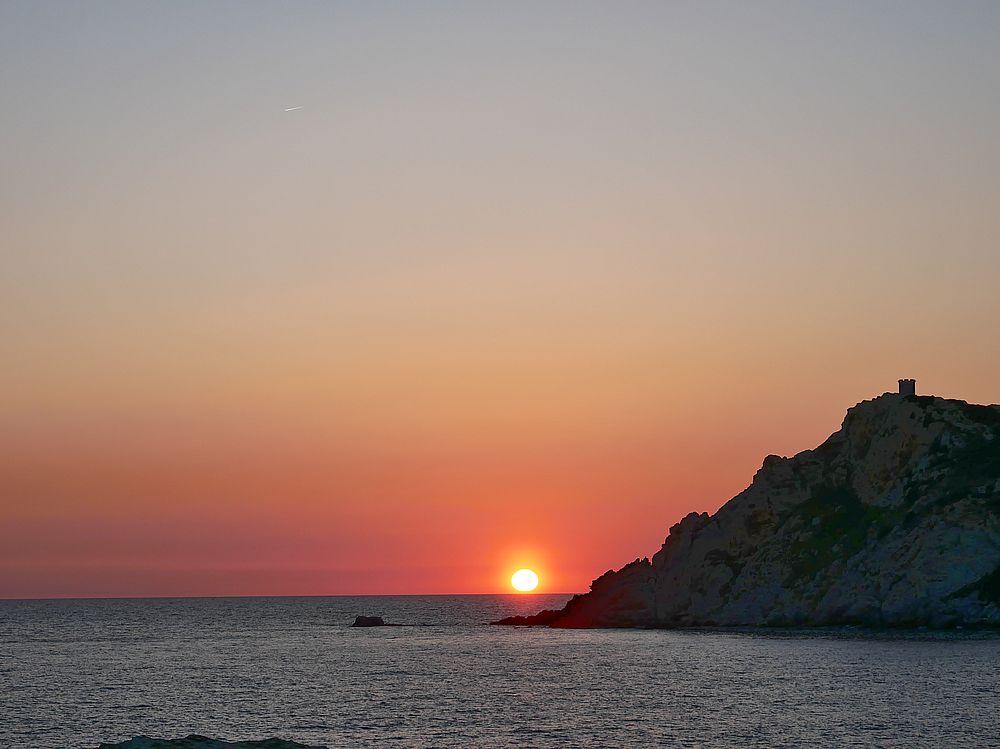 Coucher de soleil six-fournais P1060211