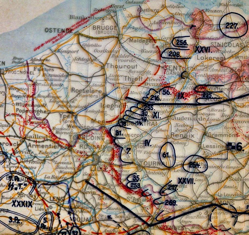 Et si les Britanniques n'avaient pas abandonné les Français à Dunkerque ? - Page 4 24_mai11