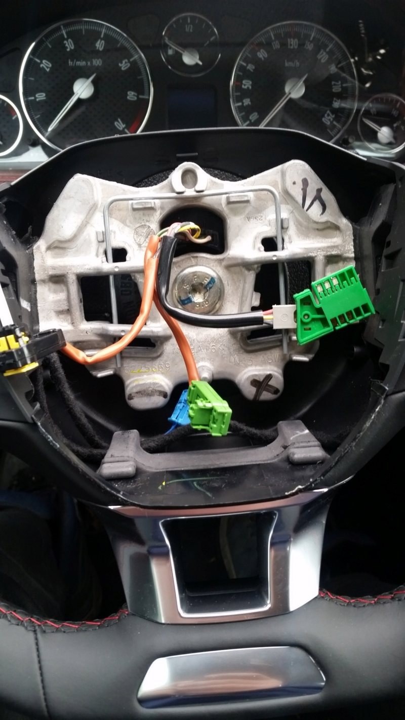 [ Peugeot 407 an 2005 ] probleme reperage connecteur airbag 20181110