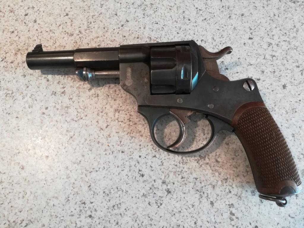 Revolver ordonnance 1892 ? R44211