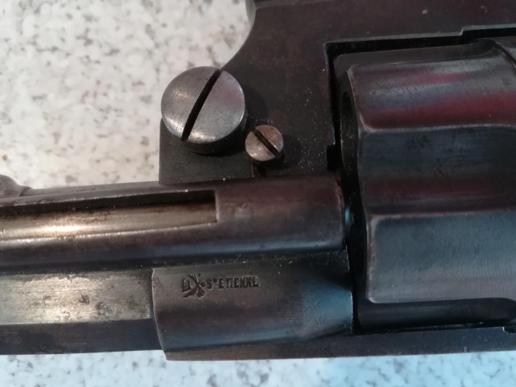 Revolver ordonnance 1892 ? R44411