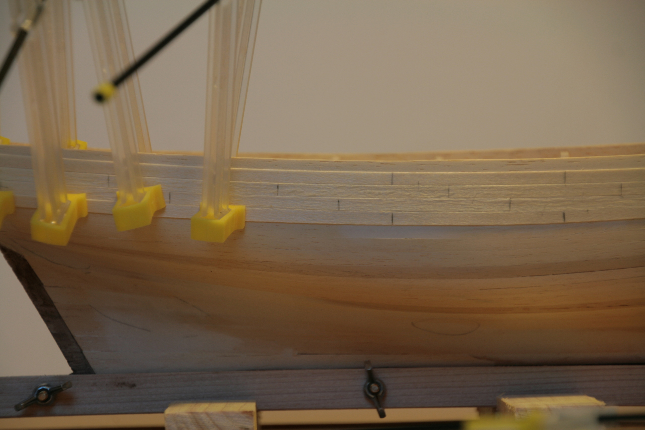 Les réalisations terminées de Loup, Le Petrel bisquine de Cancale Img_7620