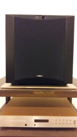 "Yamaha NS-SW300 10"" Powered Subwoofer - sold 20180110"