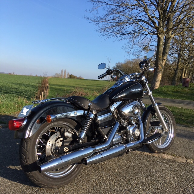 DYNA SUPER GLIDE CUSTOM -FXDC- 2013 [VENDUE] 11c7be10