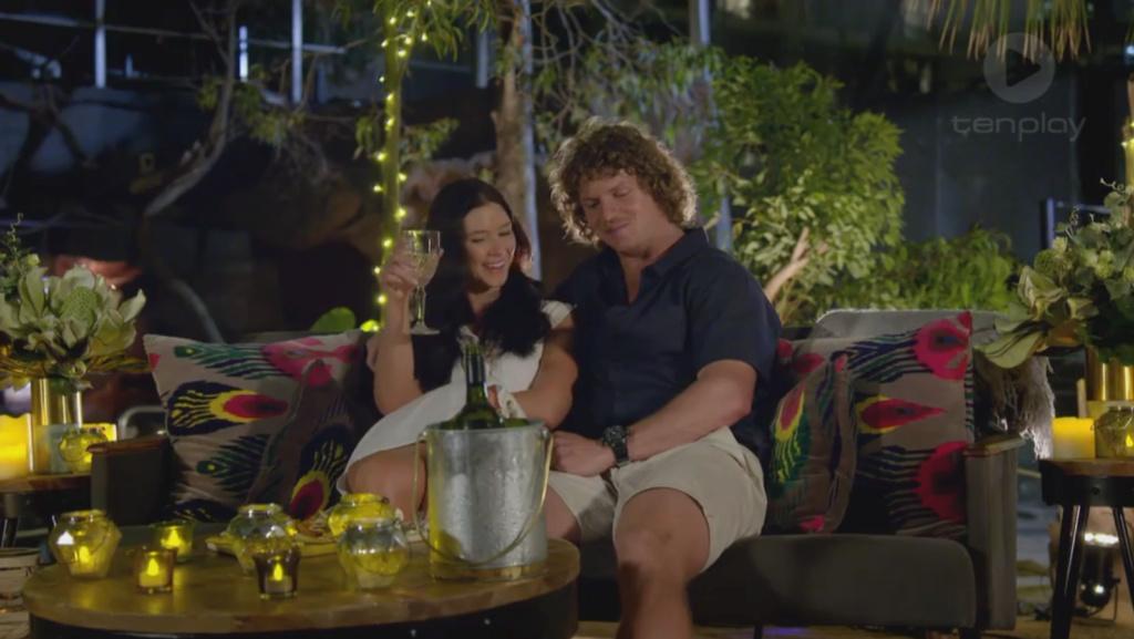 Bachelor Australia Season 6 - Nick Cummins - Screencaps - *Sleuthing Spoilers* - Page 7 7010