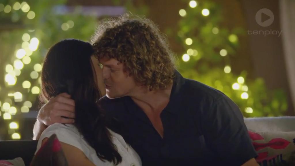 Bachelor Australia Season 6 - Nick Cummins - Screencaps - *Sleuthing Spoilers* - Page 7 7410