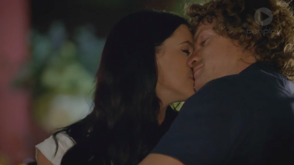 Bachelor Australia Season 6 - Nick Cummins - Screencaps - *Sleuthing Spoilers* - Page 7 7910