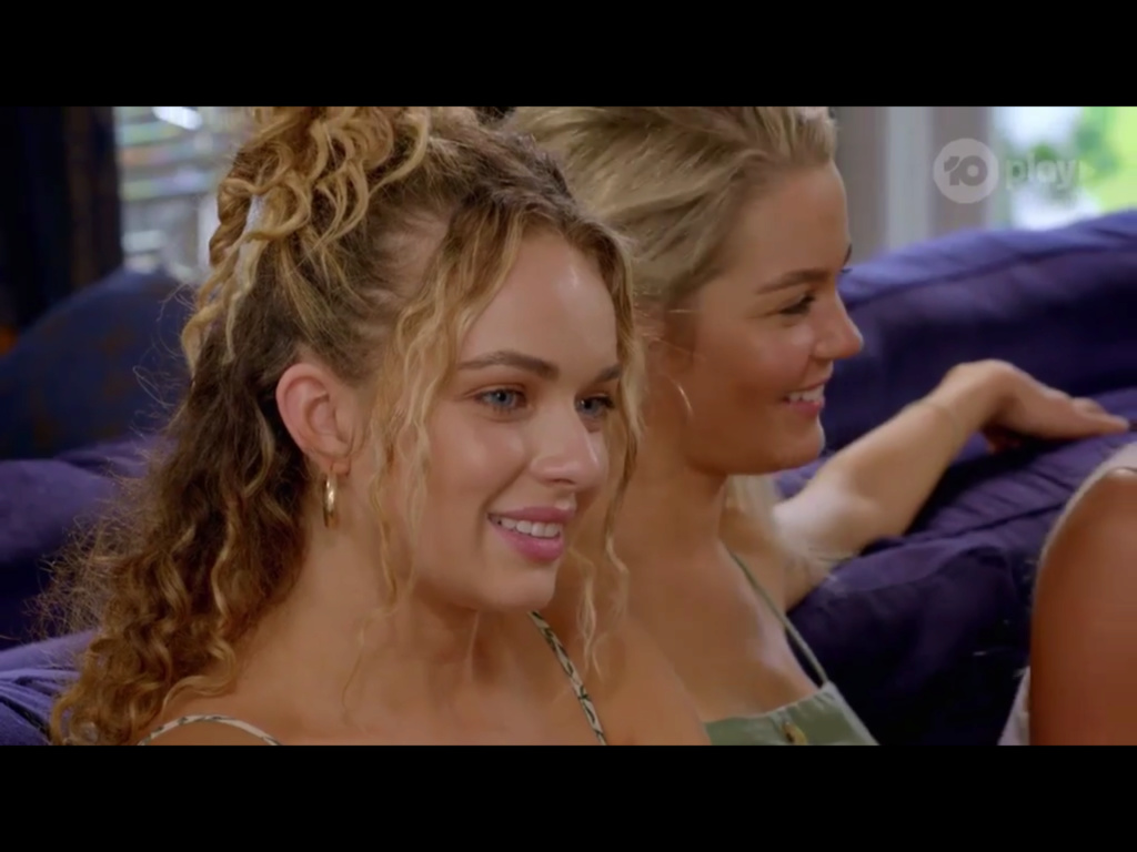 Bachelor Australia - Season 7 - Matt Agnew - S/Caps - *NO SPOILERS SLEUTHING* - * Discussion* - Page 2 Bfc94110