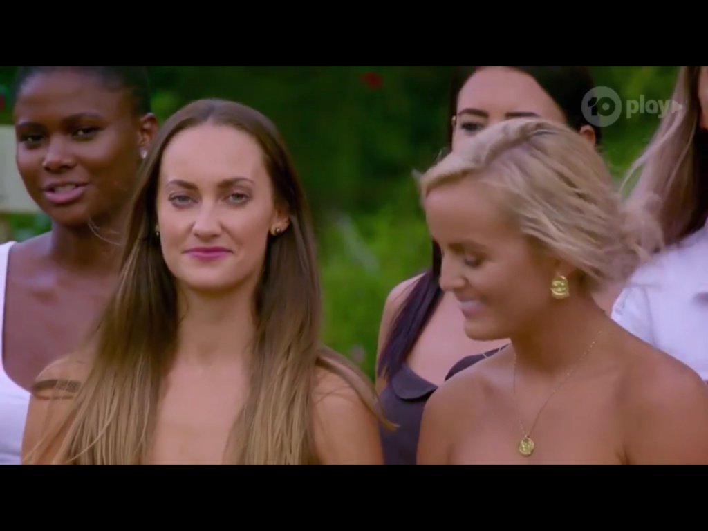 Bachelor Australia - Season 7 - Matt Agnew - S/Caps - *NO SPOILERS SLEUTHING* - * Discussion* - Page 2 F3520e10