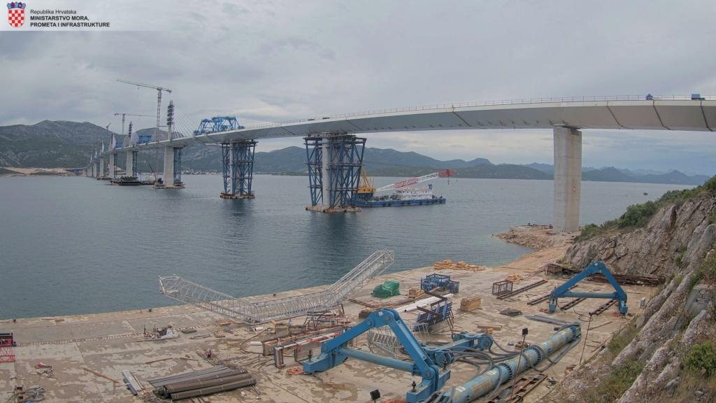 New China TV: China-constructed Peljesac Bridge progressing at speed in Croatia - Page 38 Camera16