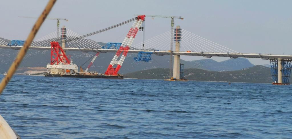 New China TV: China-constructed Peljesac Bridge progressing at speed in Croatia - Page 46 Most2210