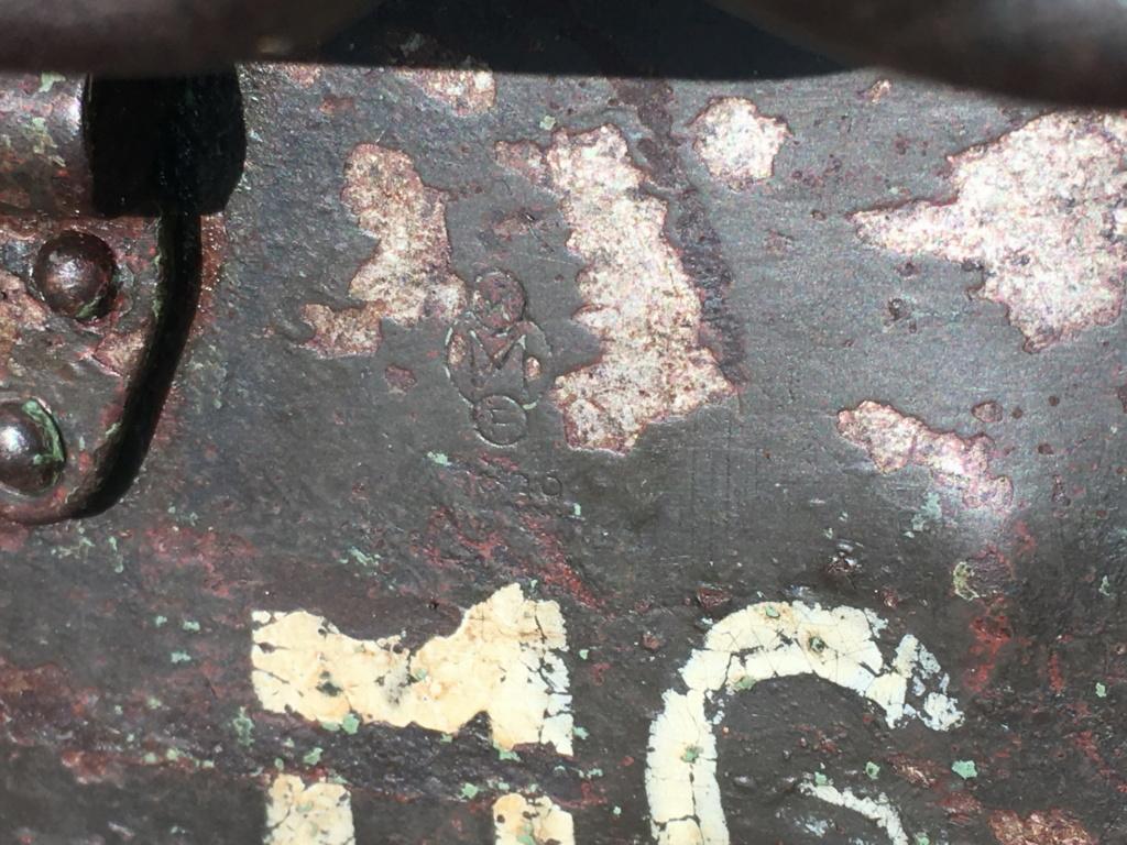 Signification des marquages sur caisse MG42 Img_0515