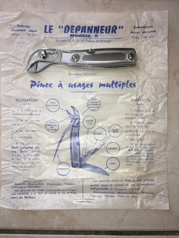 les couteaux pliants militaires. Img_1312