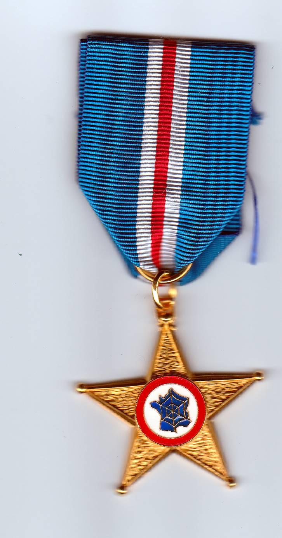 Estimation Médailles des Anciens Combattants des Services de Renseignements  Img_2073