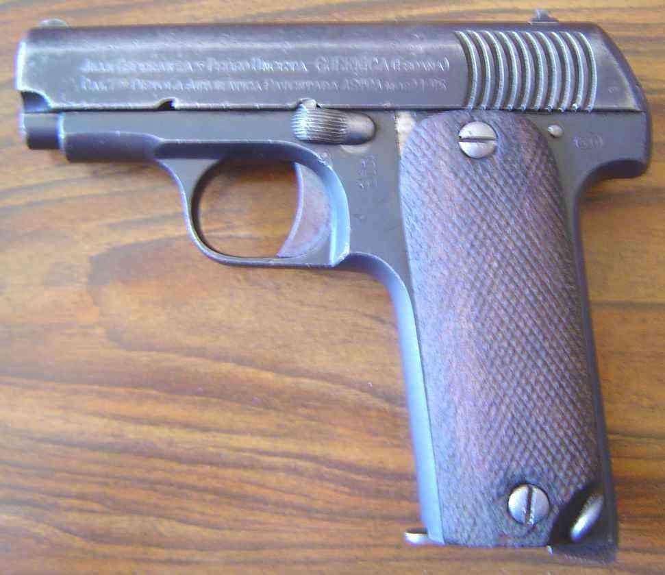 Morceau de pistolet  Rubyas10