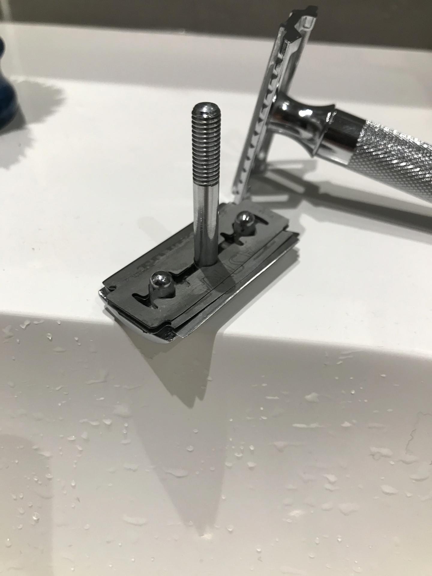 SHIM ou la solution pour modifier l'efficacité d'un rasoir 48ab0910