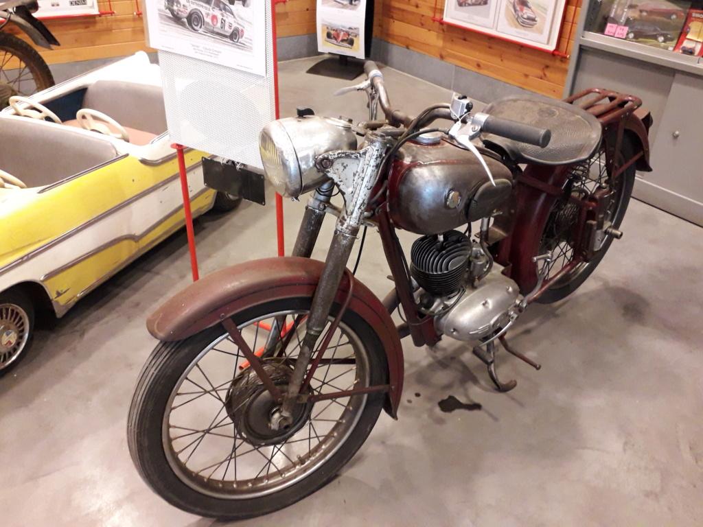 Musée de l'automobile de Leuze - Mahymobiles - Page 2 20210174