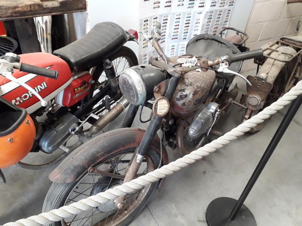 Musée de l'automobile de Leuze - Mahymobiles - Page 2 20210179