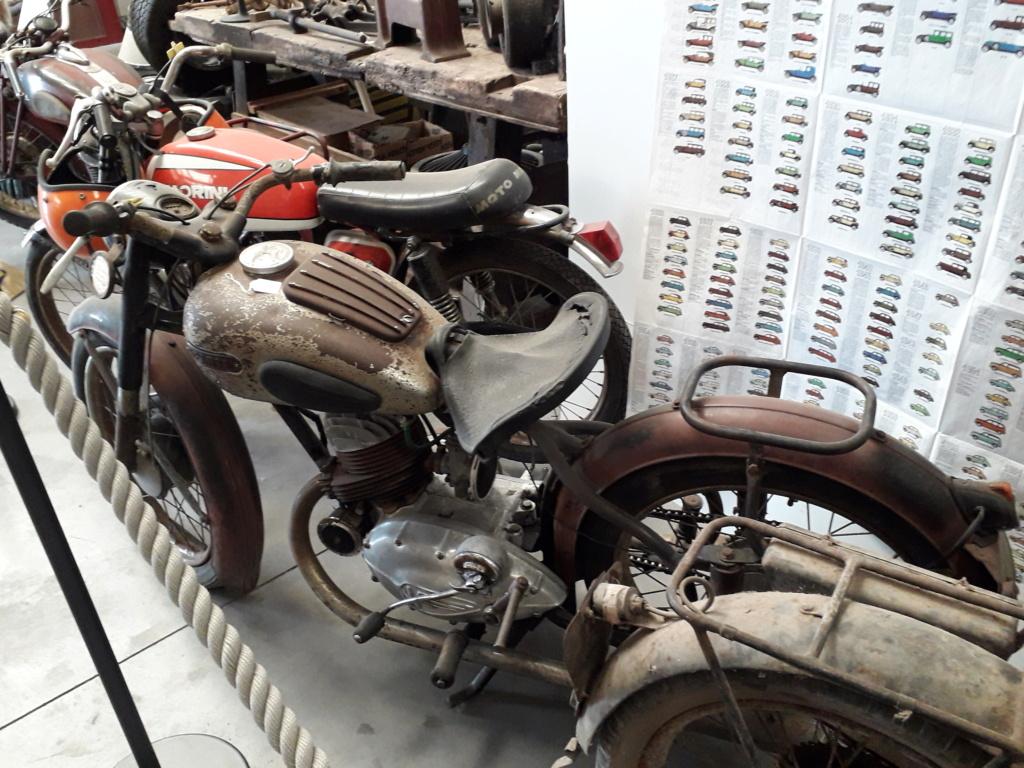 Musée de l'automobile de Leuze - Mahymobiles - Page 2 20210184