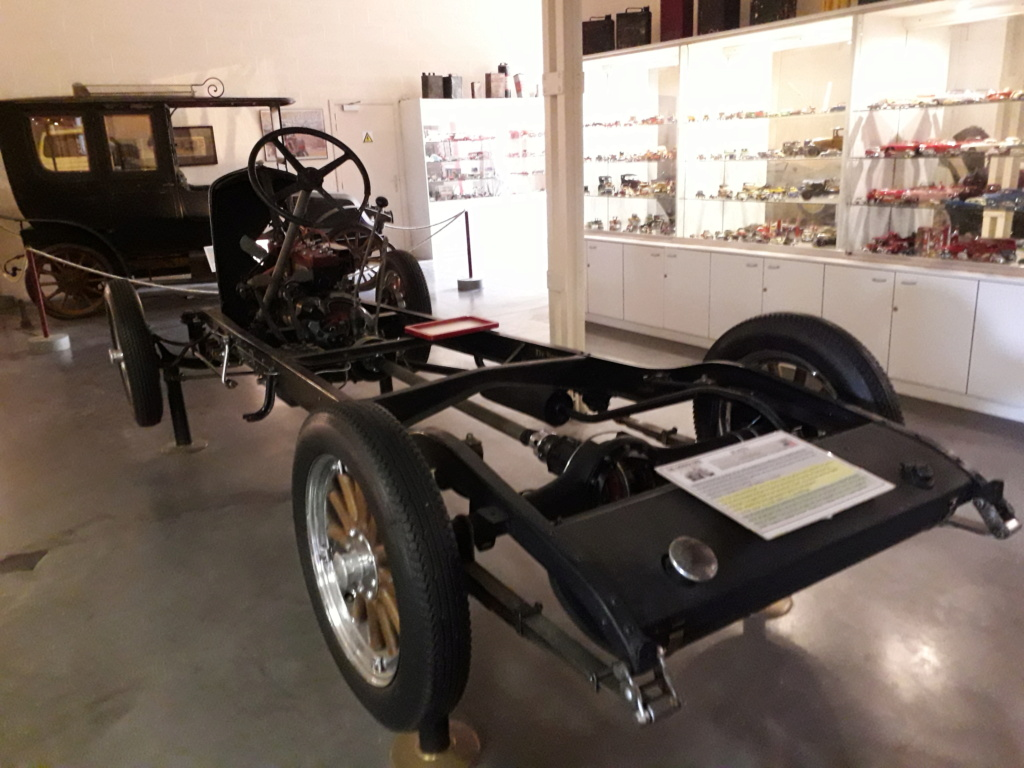 Musée de l'automobile de Leuze - Mahymobiles 20210848